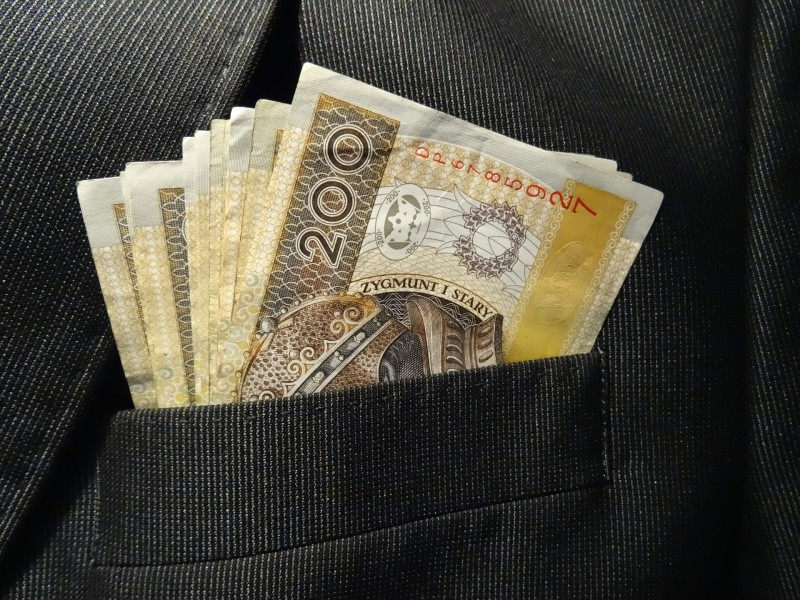 money-1235656_1920
