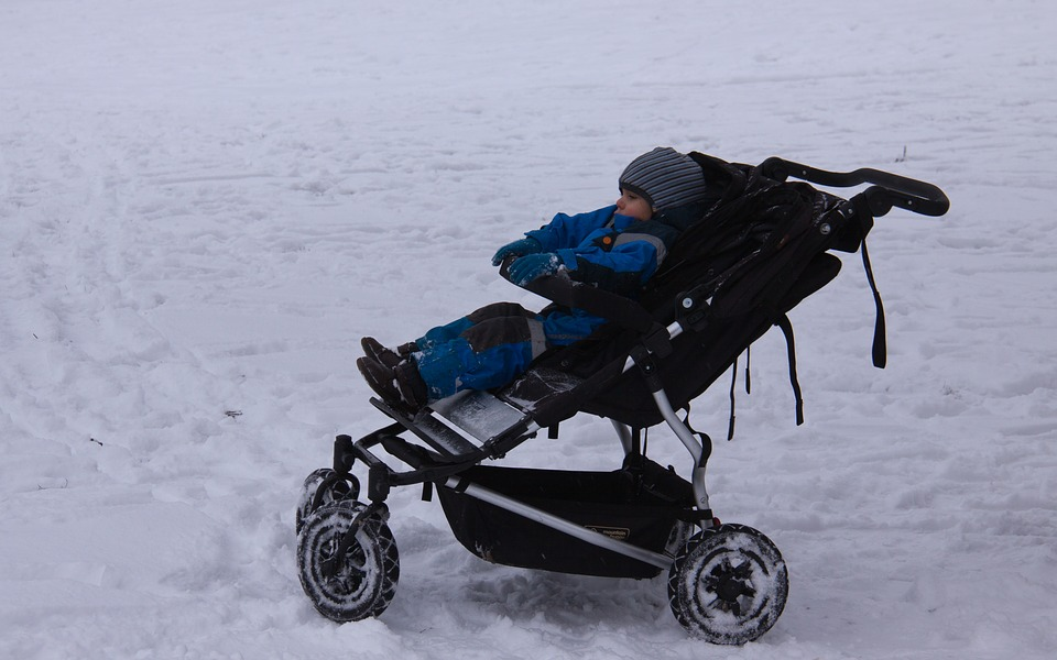 stroller-2809297_960_720