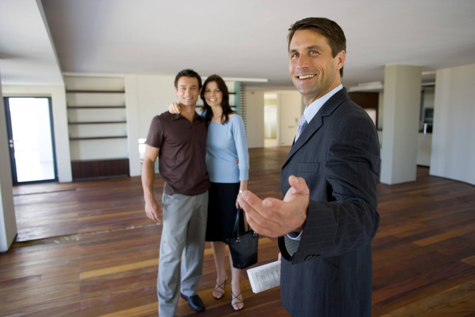 reliable-real-estate-agent-1
